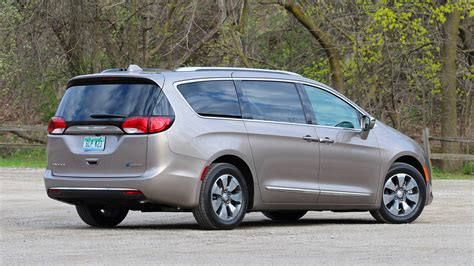 Chrysler Pacifica by 2017 Chrysler Pacifica Hybrid Test Drive Review