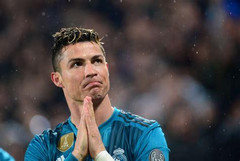 Реал Мадрид 0-4 Барселона | Обзор матча - смотреть видео онлайн