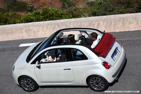 fiat 500 décapotable small engines get even smaller fiat s turbocharged