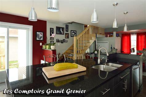 comptoir de cuisine noir comptoir de granit et quartz réalisations de cuisines et vanités