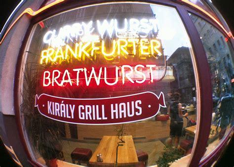 Nem Csak Snájdig Uraknak A Király Grill Haus  Az Online