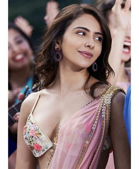 120 Rakul Preet Singh Hd Images Latest Photo Gallery And