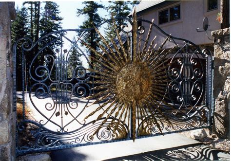 hand crafted entry gate   sun  cabinets design