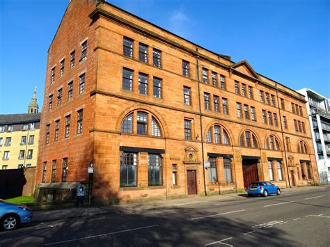 3 Bedrooms Apartment In Stunning Glasgow Ci...