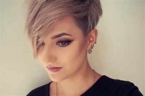38 Best Short Hairstyles For Women Over 50 In 2018