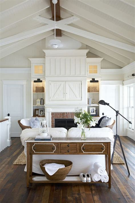 Shabby Chic Ceiling Fan by 45 Comfy Farmhouse Living Room Designs To Steal Digsdigs