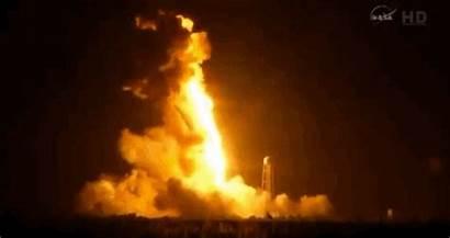 Explosion Rocket Antares