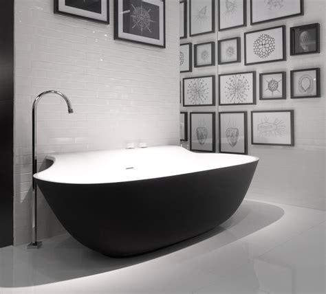 Modern Bathroom Tubs Designs by Black Bathtubs For Modern Bathroom Ideas With Freestanding