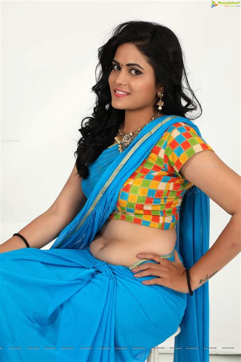 navel thoppul low hip show in saree page 262 xossip