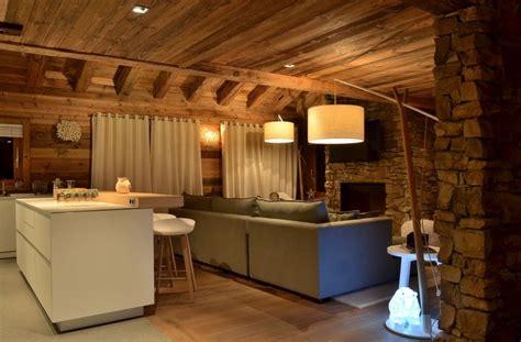 ilot cuisine avec table deco intérieur chalet moderne cosy neve design