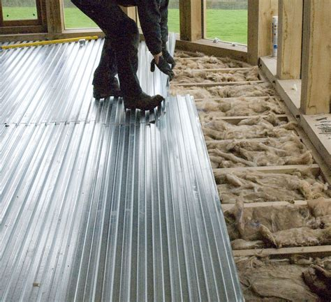 Underfloor Heating with screed floor on suspended timber