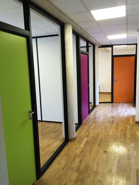 bureau bois noir les aménagements portes pour cloisons de bureau espace