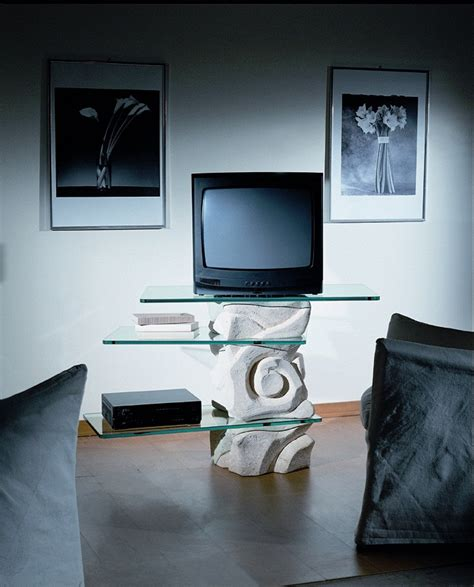 porta tv cristallo porta tv girevole in pietra con tre ripiani in cristallo