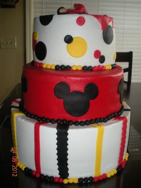 mickey mouse baby shower following his lead mickey mouse baby shower cake