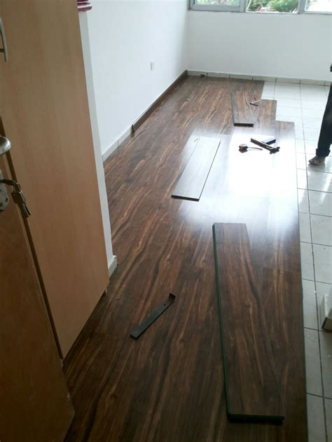 3D Flooring & Laminated Wooden Floor   Adverts   Nigeria