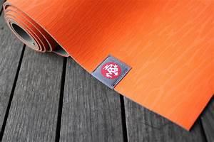 bien choisir son tapis de mousse With tapis yoga avec mousse dure pour canapé