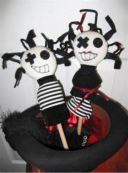 Gothic Pretty Spoon Strange Puppets Plushie Cut