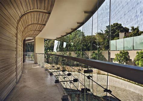 glass house  nico van der meulen architects