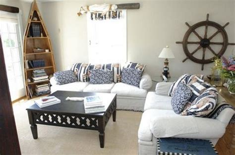 5 Home Decor Ideas : Enhancing Nautical Decor Theme With Sea Shell Crafts And