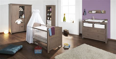 préparer la chambre de bébé tout le nécessaire pour la chambre de bébé tout pour la