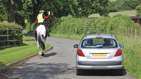 horse road riding bhs safe stay safety riders farmers weekly