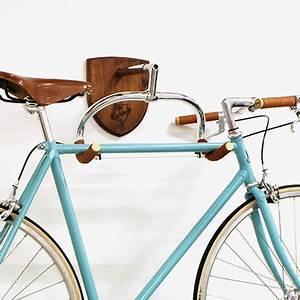 Fahrrad Wandhalterung Holz : fahrrad halter braun alt image three ker kp r t rol s pinterest halter fahrr der und ~ Markanthonyermac.com Haus und Dekorationen