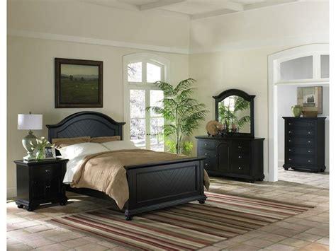 chambre avec lit noir chambre lit noir chambre prune et dcoration