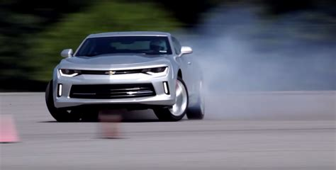 Video Chevy Engineer Drifts 2018 Camaro For Science