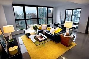 Stehlampe Gelb : wohnzimmer farbgestaltung grau und gelb als farbkombination ~ Pilothousefishingboats.com Haus und Dekorationen