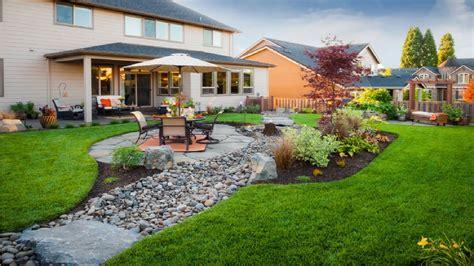 Outdoor Patio Landscaping by 20 Small Backyard Garden Design Ideas