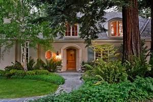 schones elegantes klassisch gestyltes franzosisches With französischer balkon mit wohnen und garten landhaus neue ausgabe