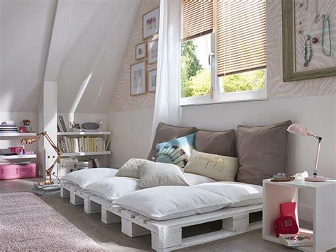 chambre cosy combles cosy des combles aménagés en chambre cosy très