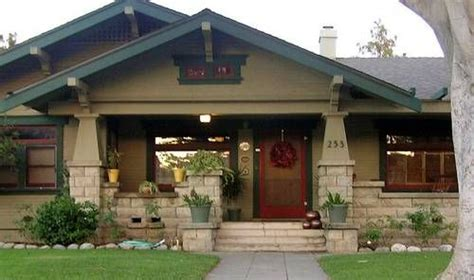 craftsman style bungalowlove  curb appeal