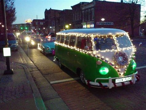 volkswagen christmas vw christmas parade volkswagon love pinterest