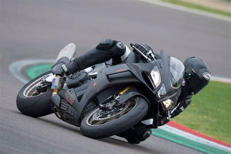 Modification Aprilia Rsv4 Rr by 2019 Aprilia Rsv4 Rr Factory 1000 Guide Total Motorcycle