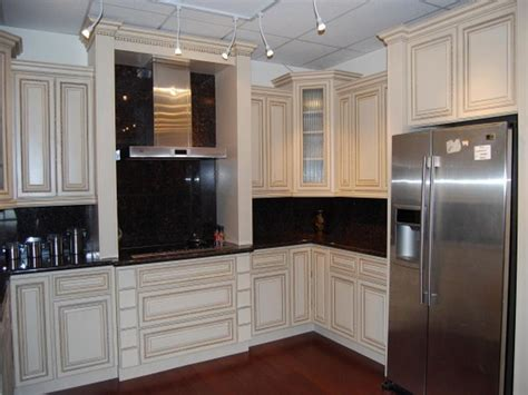 small kitchen colour ideas bloombety small kitchen colors schemes ideas small