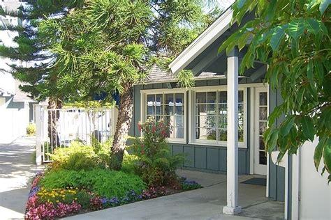 Beach House Apartments  Newport Beach, Ca  Apartment Finder