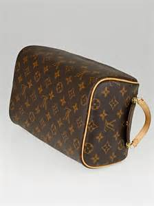 louis vuitton monogram canvas king size tousse toiletry