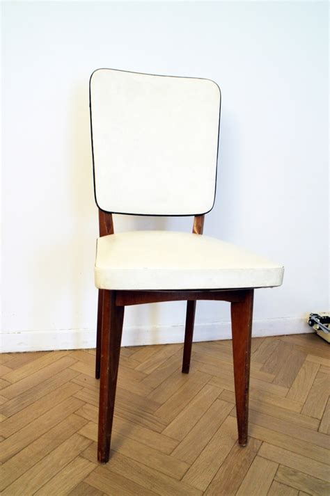 chaise blanche pas cher chaise vintage scandinave blanche et bois pas cher luckyfind
