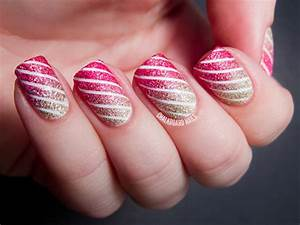Christmas nail art designs and trends page