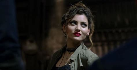 Urvashi Rautela Is Too Much Hot To Handle In 'gal Ban Gayi
