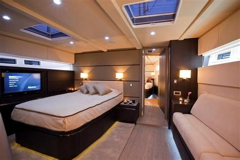 Sailing Yacht Carbon Ocean Yachts 82