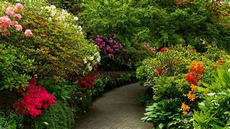Floral Garden by Canada Beautiful Flower Gardens