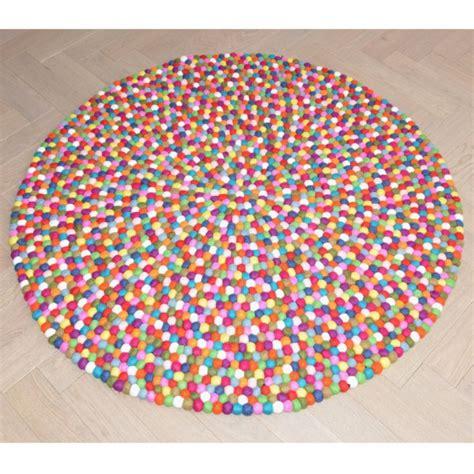 tapis de boules en multicolor elephant multico bopompon