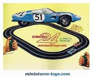 Circuit 24 Auto : le transformateur lectrique incomplet pour circuits routiers de circuit 24 miniatures toys ~ Maxctalentgroup.com Avis de Voitures