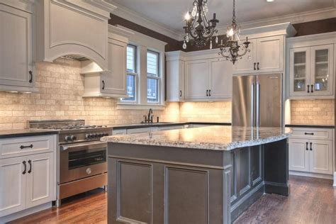 Kitchen Island For Sale Houston Tx by Best 25 Unfinished Kitchen Cabinets Ideas On