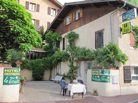 la terrasse fleurie divonne les bains frankrig hotel