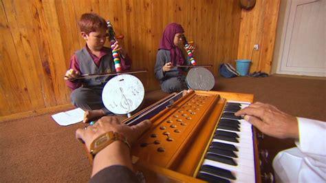 Music School Strikes Chord With Afghan Street Kids