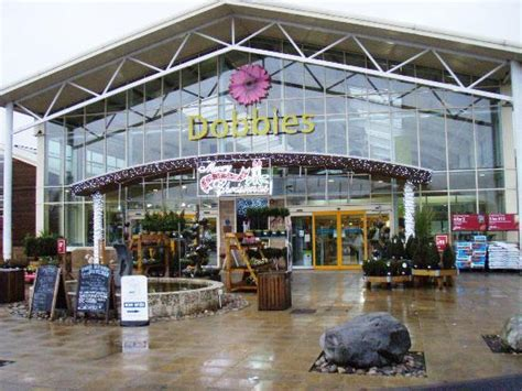dobbies garden center stirling restaurant reviews