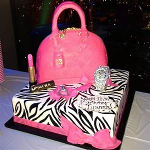 [Photos] Floyd Mayweather Jr Gifts 13-Year-Old Daughter